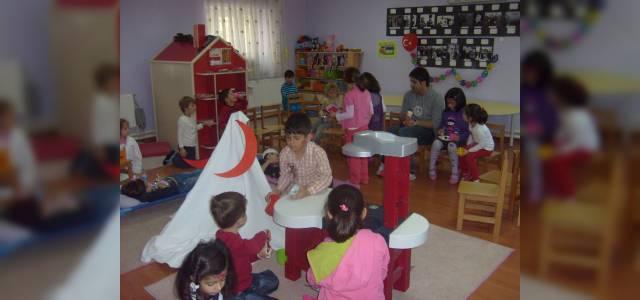 Kızılay'dan 'Çocuklar İyilikle Büyüsün' projesi