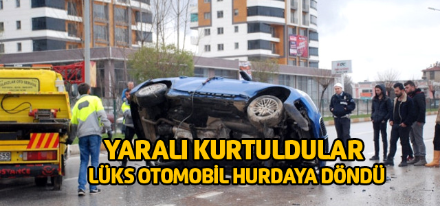 Hurdaya Dönen Otomobilden Yaralı Olarak Kurtuldular