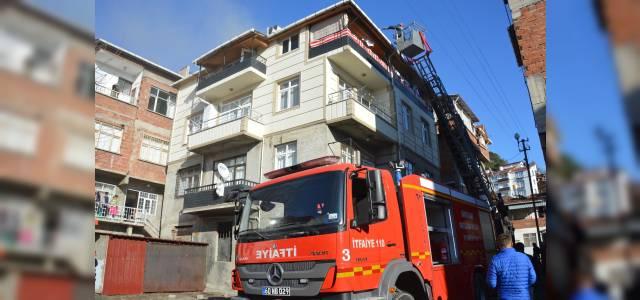 Niksar'da çatı yangını
