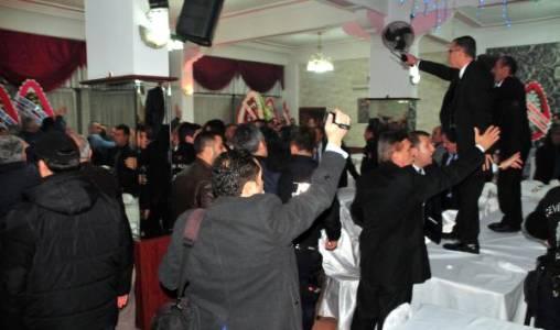 Tokat'ta Oda Seçiminde Arbede
