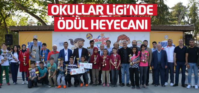 Okullar Liginde ödül heyecanı