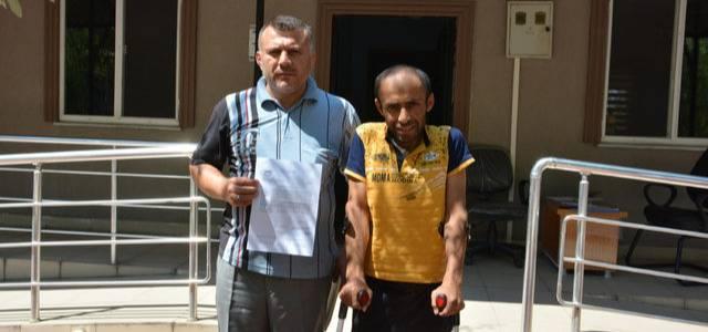 Engelli Arkadaşlarına Araç Almak İçin Kurban Derisi Topluyorlar