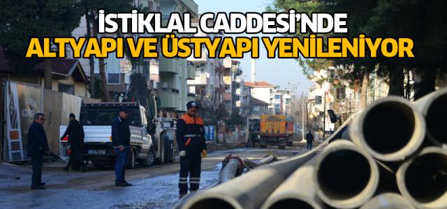 Erbaa İstiklal Caddesi'nde altyapı ve üstyapı yenileniyor