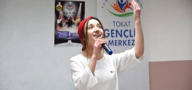 """Tokat'ta """"Bir Şiir, Bir Nefes"""" Yarışması'nda Erbaalı genç 1'inci oldu"""