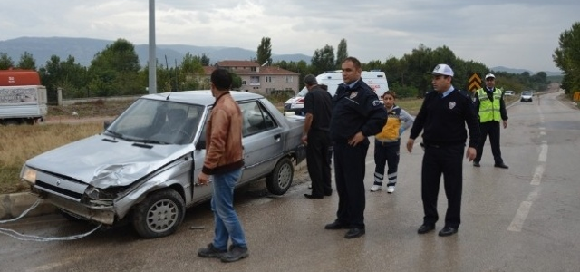 Niksar'da Kaza: 2 Yaralı