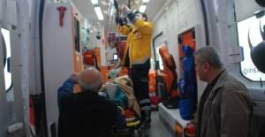 Ayağını yem karma makinesine kaptıran genç ağır yaralandı
