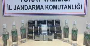 Erbaa ve Zile'de kaçak içki ve sigara operasyonu