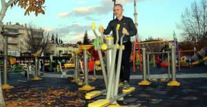 Diyet ve Sporla 1 Yılda 50 Kilo Verdi