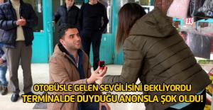 Otobüs terminalinde sürpriz evlilik teklifi