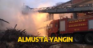 Almus'ta yangın