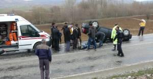 Tokat'ta Otomobil Devrildi: 4 Yaralı