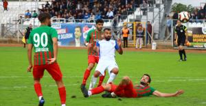Erbaaspor Karşıyaka'yı 2-0 mağlup etti