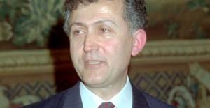 Ahmet Taner Kışlalı'nın 20. ölüm yıl dönümü! Ahmet Taner Kışlalı kimdir?