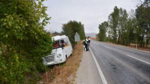 Zile'de öğrenci servisi kaza yaptı: 4 yaralı