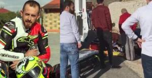 Motosiklet kazasında ağır yaralanan Ferhat hayatını kaybetti.