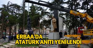 Erbaa Cumhuriyet Meydanındaki Atatürk anıtı yenilendi