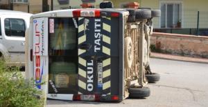 Zile'de Öğrenci Servisi ile Otomobil Çarpıştı: 7 Yaralı