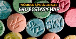 Yoğurdun içine gizlenmiş 690 uyuşturucu hap ele geçirildi