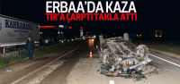 TIR'a Çarptı Takla Attı: 3 Yaralı
