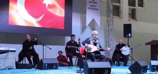 Tokat'ta Esat Kabaklı konseri