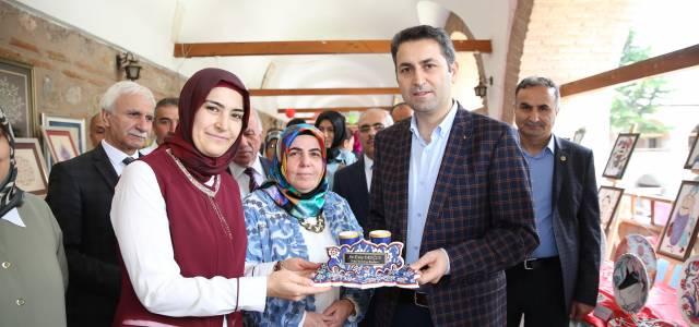 Tokat'ta fırçadan motifler sergisi açıldı