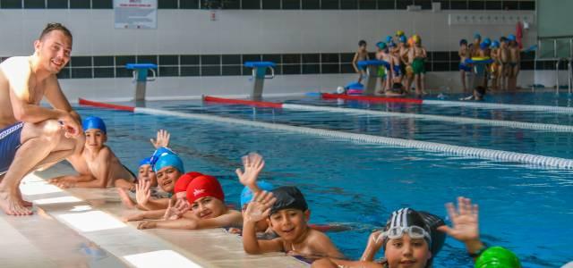 Tokat'ta yüzme kursu açıldı