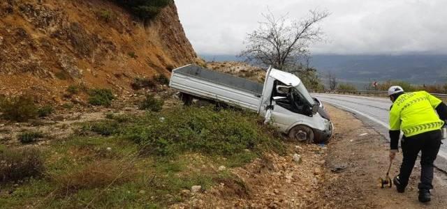 Niksar'da kaza 2 yaralı