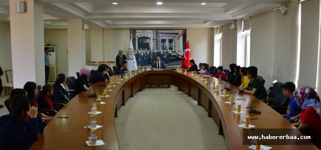 Erbaa'da Çocuk ve Gençlik Meclisleri başkanlarını seçti