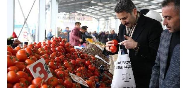 Başkan Eroğlu, esnaf ve vatandaşlarla bir araya geldi