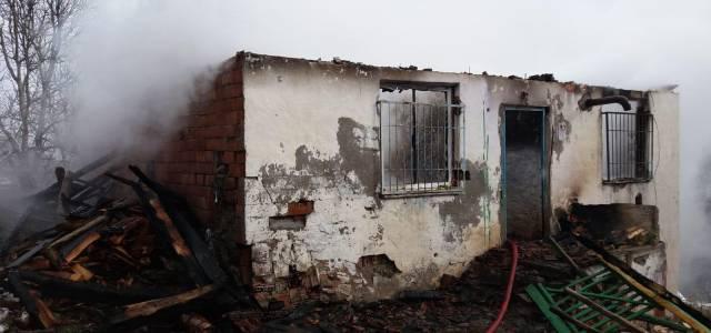 Niksar'da yangın korkuttu