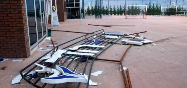 Tokat'ta şiddetli rüzgar etkili oldu: 2 yaralı