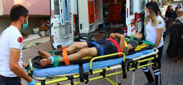 Traktörün çarptığı bisikletteki 2 çocuk yaralandı