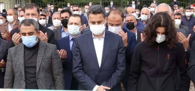 Tokat Belediye Başkanı Eyüp Eroğlu'nun babası koronavirus sebebiyle hayatını kaybetti