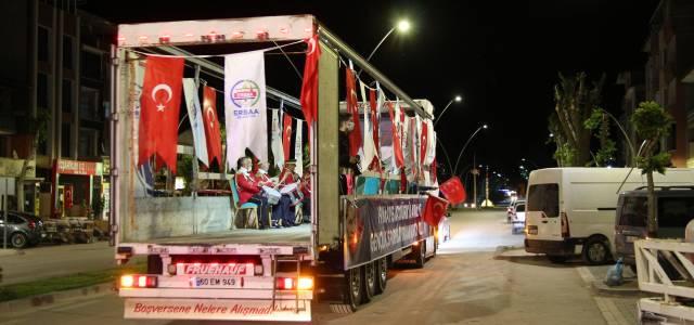 Erbaa'da 19 Mayıs TIR üstünde çalınan marşlarla kutlandı
