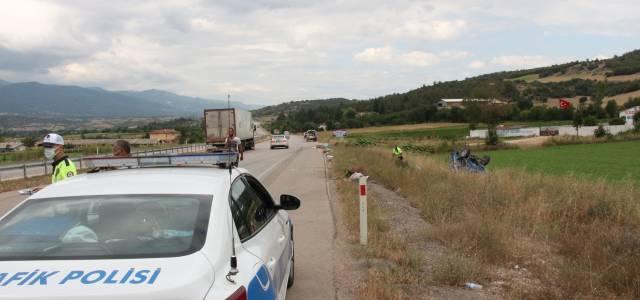 Erbaa'da TIR patpat'a çarptı