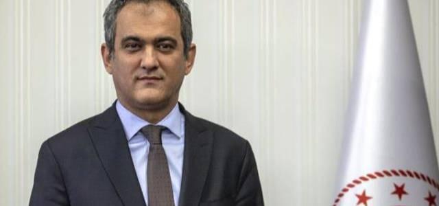 İstifa eden Ziya Selçuk'un yerine Milli Eğitim Bakanı olarak atanan Prof. Dr. Mahmut Özer kimdir?