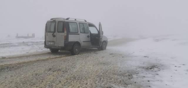 Erbaa ve Niksar'da mevsimin ilk karı yağdı