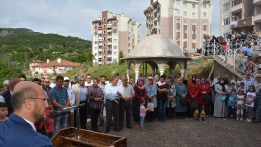 Niksar'da Hz. Ali Camisi İbadete Açıldı