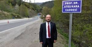 Bilim Kurulu üyesi Prof. Dr. Ateş Kara'nın ismi, Tokat'ta caddeye verildi