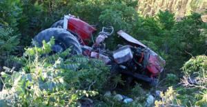 Erbaa'da traktör şarampole uçtu 1 ölü, 1 yaralı