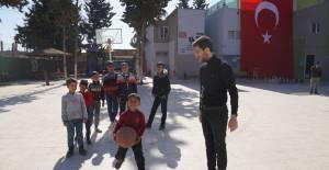 Başkan Karagöl Suriye'ye yardım götürdü