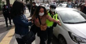 Tokat'ta İstanbul sözleşmesi için topanan gruba polis müdahale etti