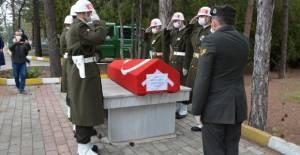 Vefat eden Kıbrıs gazisi için tören