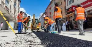 Niksar'da asfalt yama çalışmalarına başlandı