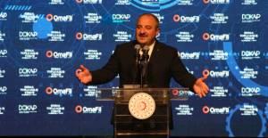 Bakan Varank: Türkiye'deki siyasi provokasyonların olağan şüphelisi CHP'dir
