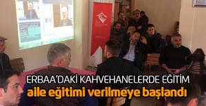 Erbaa'daki kahvehanelerde aile eğitimi semineri