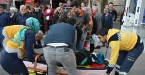 Karşıdan karşıya geçen kadına otomobil çarptı