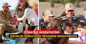 Erbaa'da jandarmadan 'Çocuklar üşürse bizim vicdanımız donar projesi'