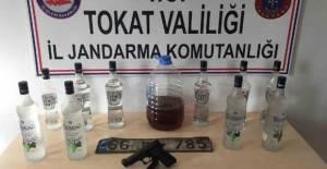 Erbaa'da Jandarmadan kaçak içki operasyonu
