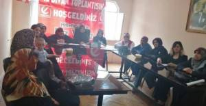 Yeniden Refah Partisi Kadın Kolları ilk toplantısını yaptı